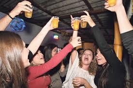 Bebida alcoólica favorece o sexo sem preservativo entre os jovens