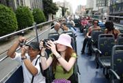 Ônibus double-decker são sucesso em Curitiba