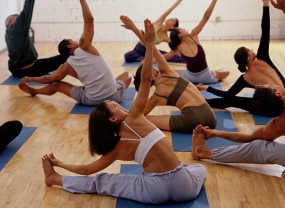 Exercícios físicos são recomendados para pacientes com retinopatia diabética?