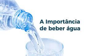 Sinais de que você está bebendo pouca água