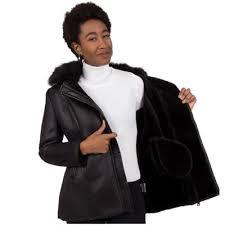 Casaco de couro não combina com umidade