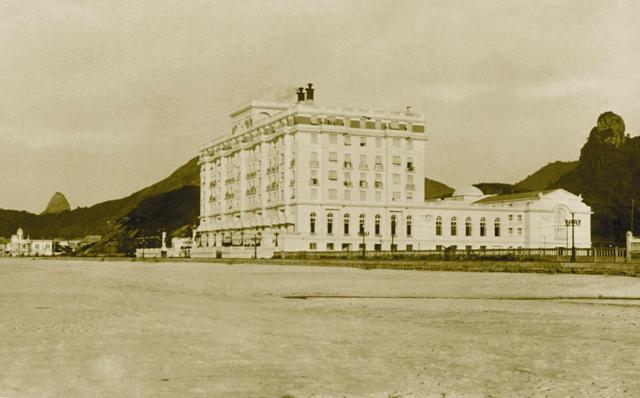 Inauguração de hotel de luxo põe Copacabana em destaque
