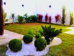 Jardins externos valorizam o imóvel e tornam a convivência mais agradável