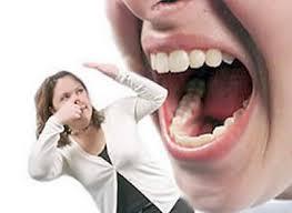 Mau hálito não é sinônimo de falta de escovação dos dentes