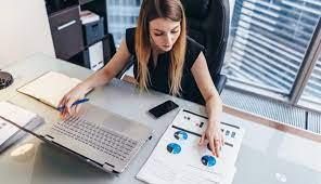 Mulheres dão mais importância ao trabalho do que homens