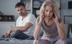 Divorciados sim, mas juntos na mesma casa